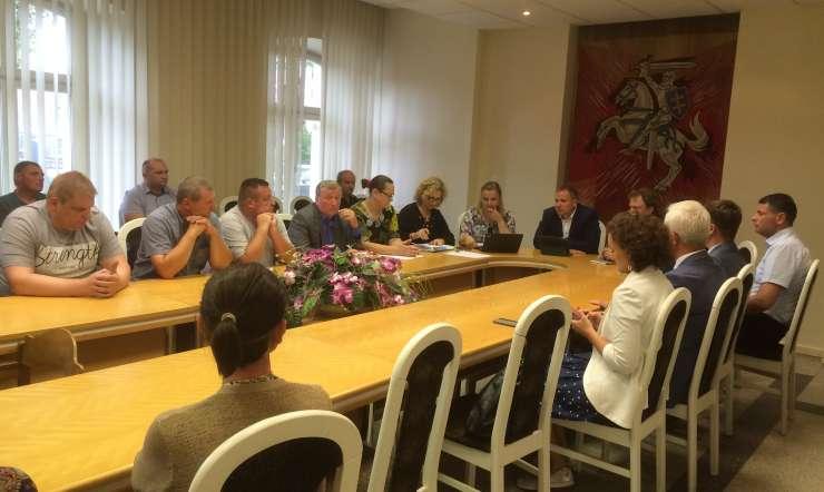 Žvejų bendruomenės atstovai susitiko su žemės ūkio ministru Giedriumi Surpliu